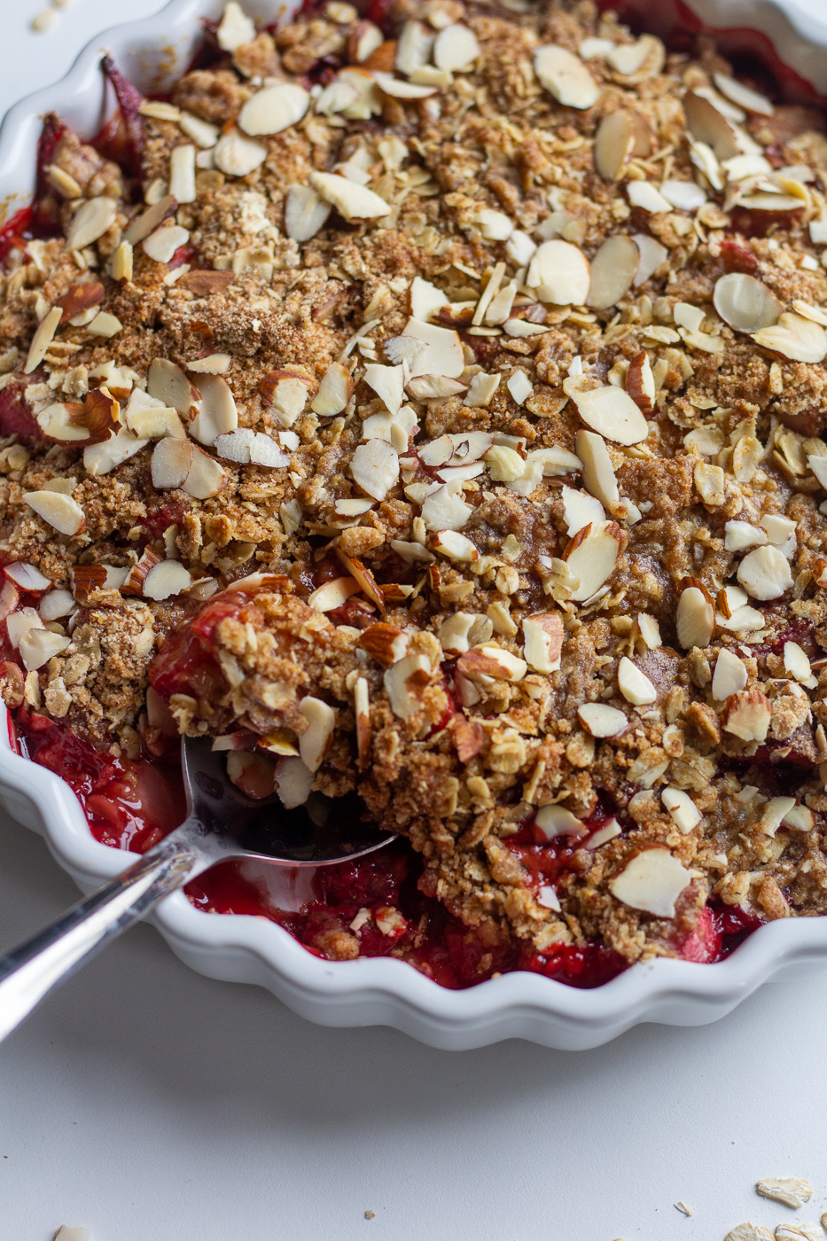Healthier Strawberry Rhubarb Crisp